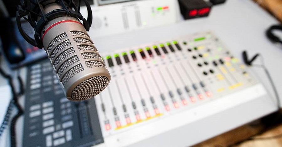 Суусамыр өрөөнүнүн имам хатиби «Суусамыр FM» радиосу аркылуу коомчулуктун суроолоруна түз ободо жооп бере баштады