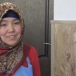 Темирбек кызы Айпери: Мен эң эле биринчи кол эмгегим катары апама көйнөк тигип берип сүйүнттүм