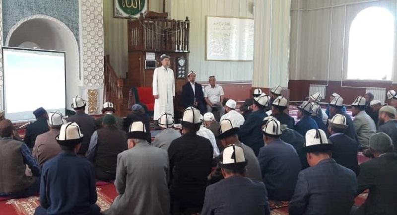 Алай районунун имамдарына никекаттоожурналынын жалпы тартиби жана максаты боюнча кыскача маалымат берилип, таратылды