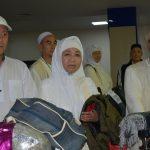 Кыргызстандык ажылардын алгачкы тобу Жидда-Бишкек багыты боюнча Бишкек шаарына аман-эсен келип алышты (фото)