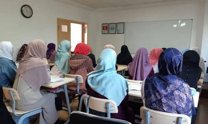 «Бишкек кыз Куран курсу» быйылкы жылы 75 кызды кабыл алды