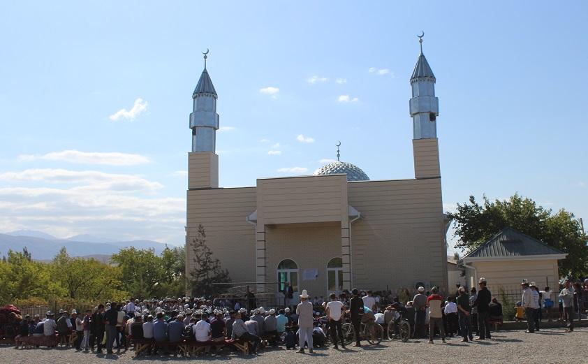 Самаркандек айылында жаңы мечит ачылды