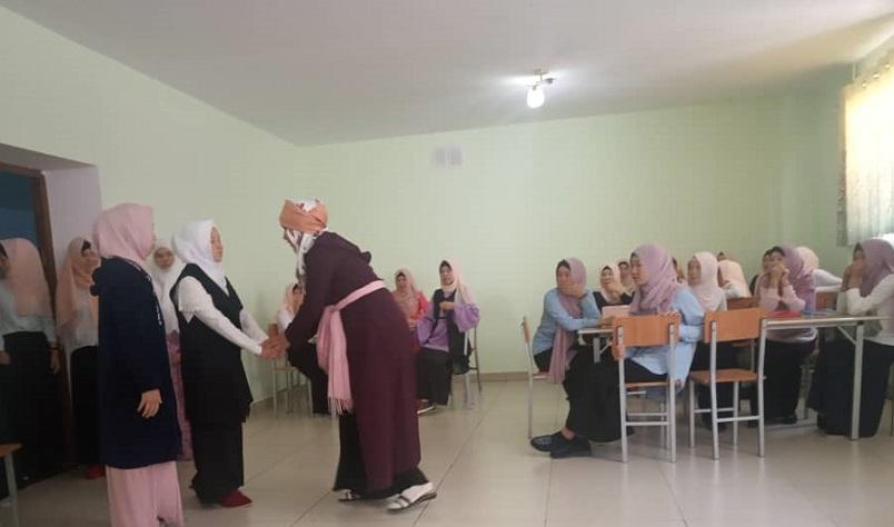 Баткендеги «МуазибнЖабал»медресесинде мамлекеттик тилдин 30 жылдыгы белгиленди