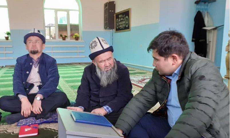 Бишкектин Биринчи Май районундагы мечиттердин документтерин тез аранын ичинде бүтүрүү тапшырмасы берилди