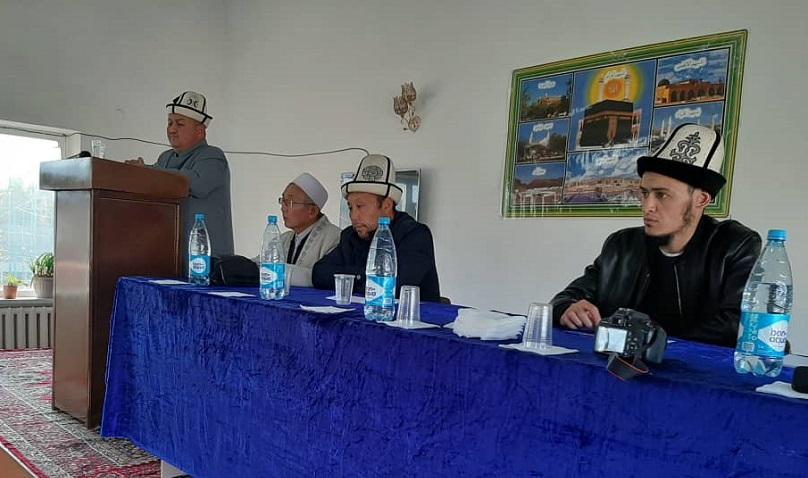 «Лукман Аль-Хаким» ислам институтунда мамлекеттик тилдин 30 жылдыгына карата иш-чара болуп өттү