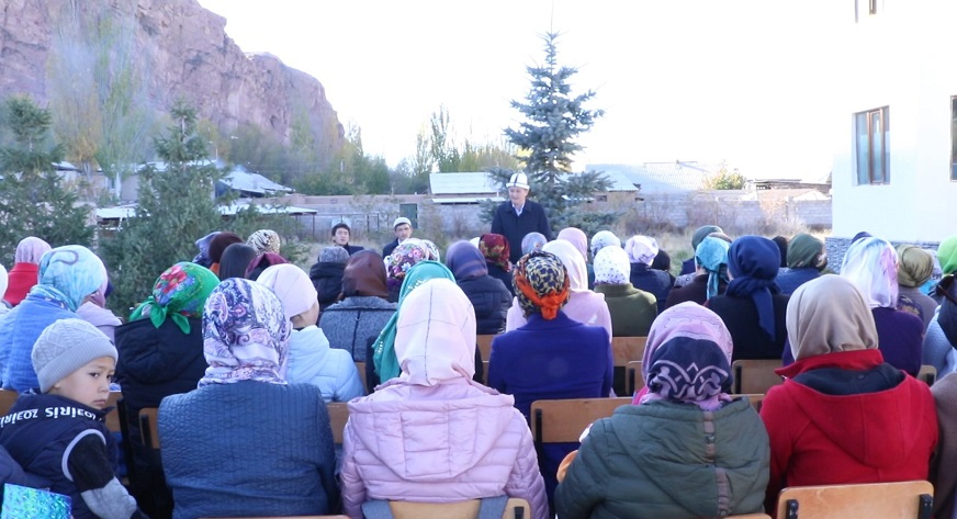Нарын шаарында «Энелер» медресеси ачылды