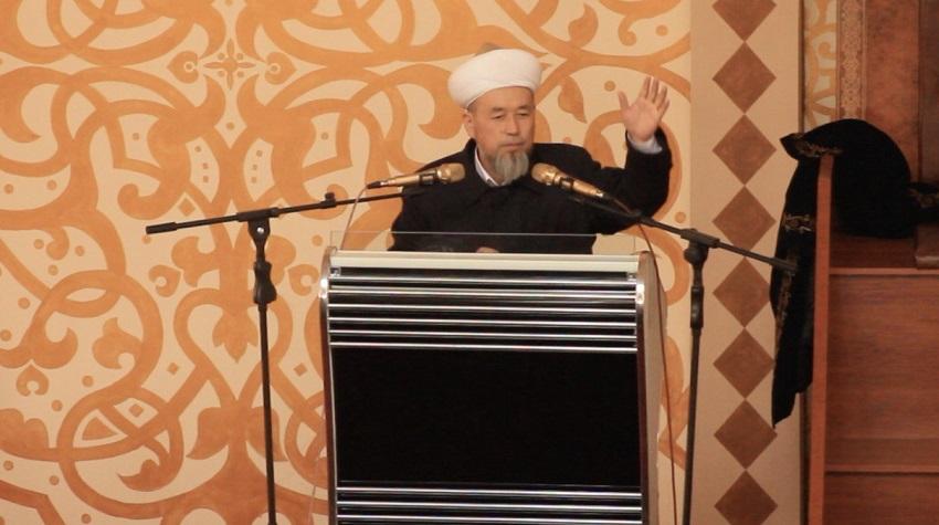 Ош облусунун мусулмандар казысы Самидин кары Атабаев Кара-Суу районунун элин  ысырапкерчиликтен арылууга чакырды