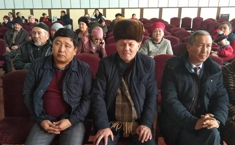 Манас районунун баш имам хатиби Миржалал ажы Дадабаев балдар үчүн уюштурлган иш-чарага катышты