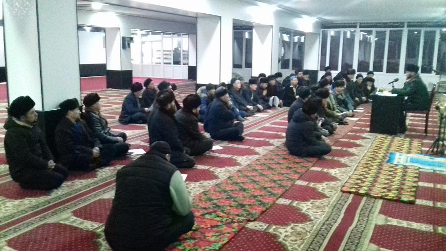 Өзгөн районунун баш имам хатиби Акжол ажы Козубаев районго караштуу мечит имамдарына жыйын өткөрдү