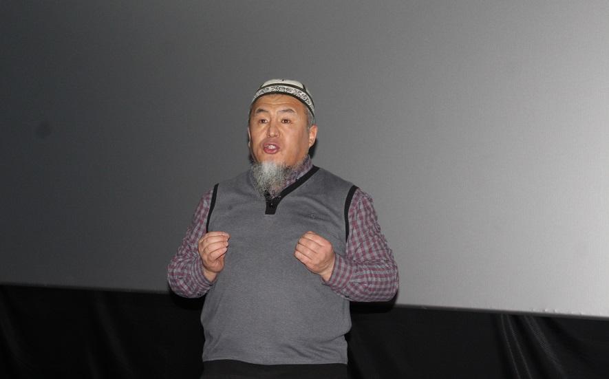 Ош шаарынын мусулмандар казысы Убайдулла ажы Сарыбаев жаштарды ата-энени сыйлоого жана адеп-ахлактуу болууга чакырды