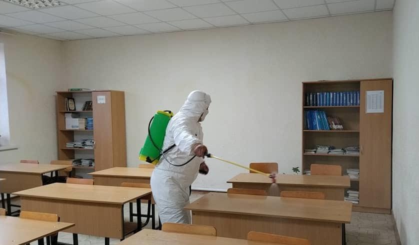 Нарын шаарындагы эки медресе дезинфекцияланды