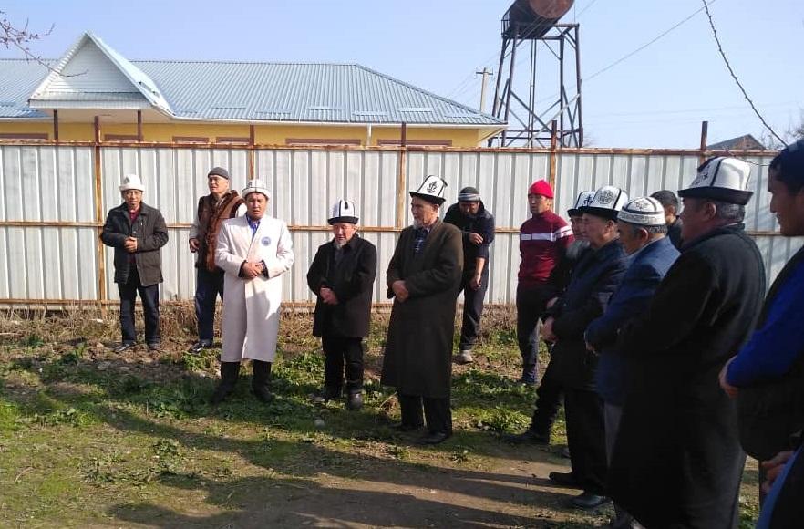 Сузак районунун Орто-Азия айылынын тургундары элибиздин амандыгын, жерибиздин тынчтыгын тилешип түлөө өткөрүштү