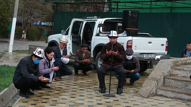 Талас шаарында 7 – апрель окуясында каза тапкан мекен шейиттери эскерилди