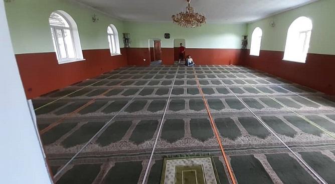 Бишкек шаарынын Эне Сай конушундагы мечити тазаланды