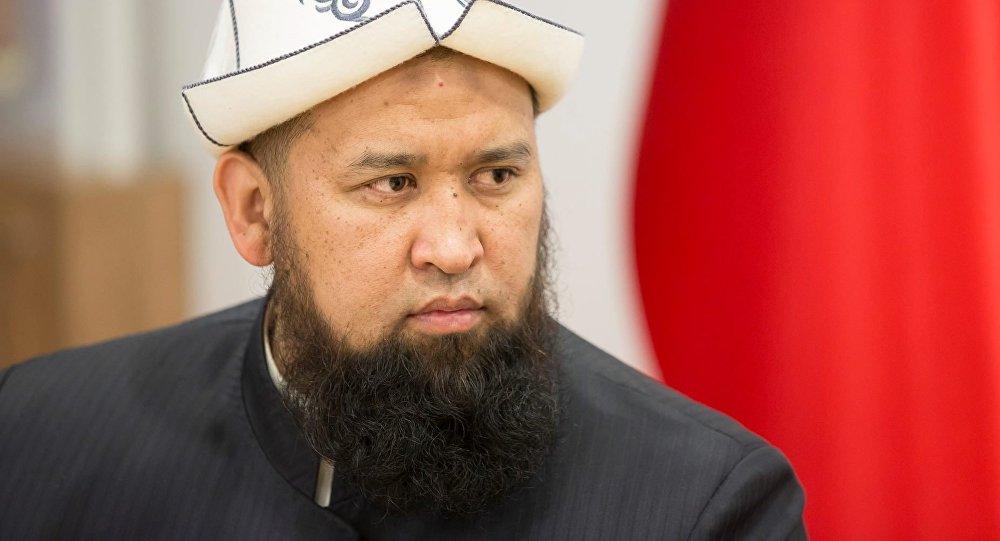 Кыргызстан Мусусулмандарынын Азирети Муфтийи Максатбек ажы Токтомушев пандемиядан улам кыргызстандыктарга кайрылуу жолдоду