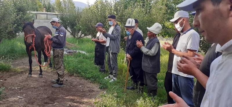 Сары-Камыш айылында элибиздин амандыгын, тынчтыгын тилеп түлөө өткөрүлдү