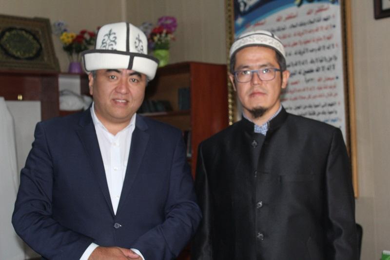 Бишкекте «Мурас» илимин калың журтка жеткирүү боюнча дин кызматкерлери атайын окуудан өтүшөт
