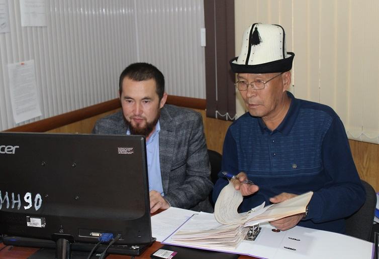 БТКнын төрагасы Жунус ажы Саранов Ош облустук мусулмандар казыятынын ишмердүүлүгү менен таанышты