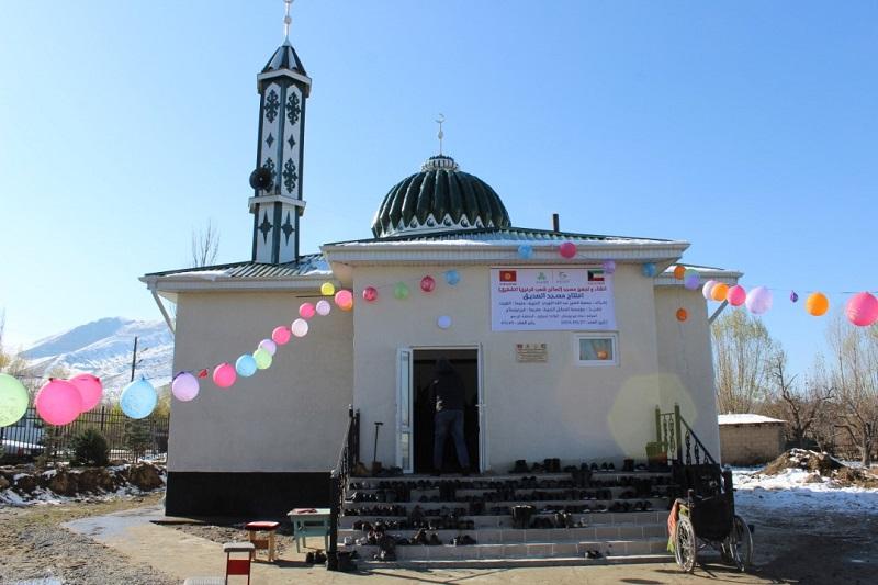 Ак-Суу районунун Теплоключенка айылында жаңы мечит пайдаланууга берилди