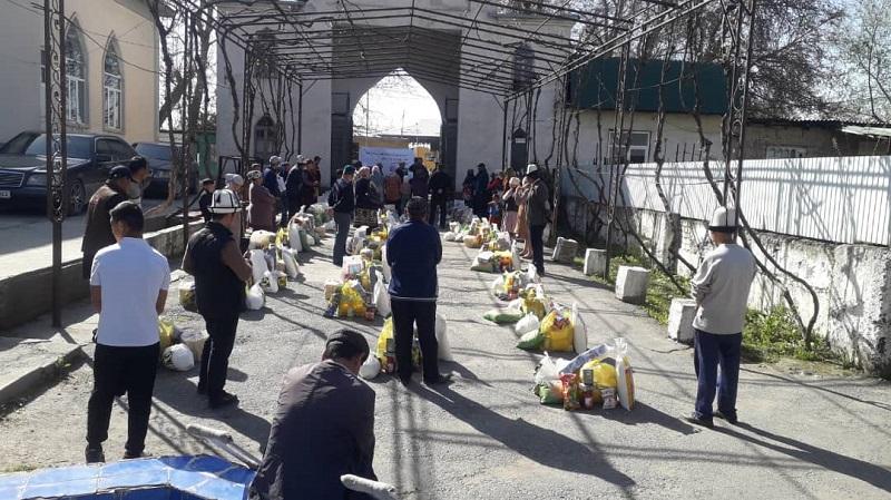 Базар-Коргон районунун тургундарына Рамазан баштыкчасы таратылды