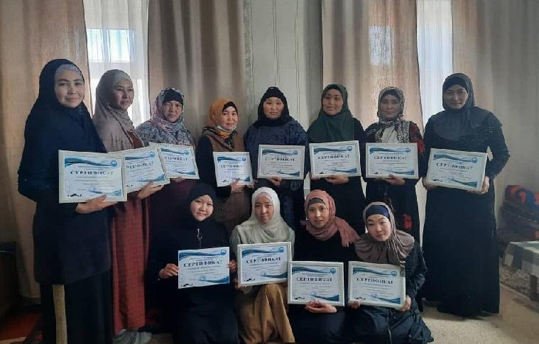Караколдогу «Ислам таануу» окуу борборунда айымдарга окуу курсу уюштурулду