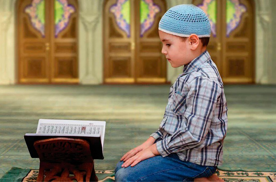 Ажек айылынын тургуну  атасына аш берүүнүн ордуна 5 жаштан 16 жашка чейинки балдар арасында Куран конкурсун уюштурду