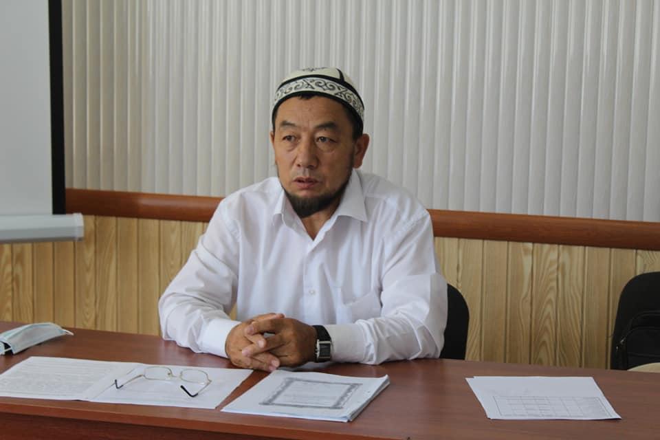 Ош облусунун мусулмандар казысы Сайдамир ажы Жейналиев Ханафий мазхабы боюнча Курмандыктын өкүмдөрү жөнүндө маалымат берди