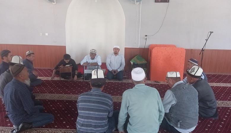 Ноокат районундагы Кулатов айыл өкмөтүнүн имамдарына жыйын өткөрүлдү
