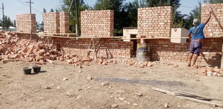 Кара – Буура районунун Ак – Жар айылында жаңы заманбап мечит курулууда